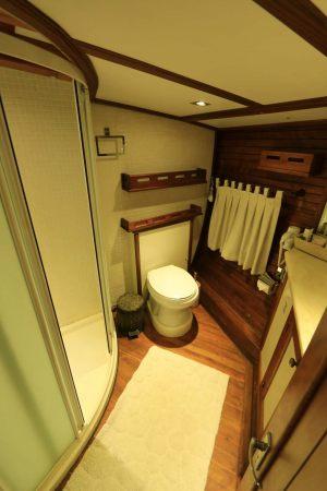 KANARYAM-Aft-Master-Bathroom-2-1